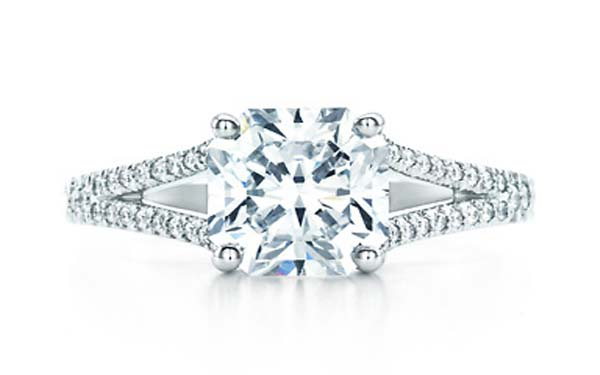 anillo-de-compromiso-tiffany-lucida